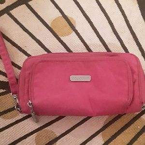 Other - Baggallini bright pink Wristlet wallet